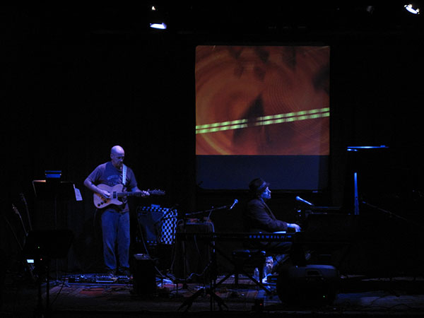 Bob Bralove & Henry Kaiser, video imagery by Hank Putek; photo by Robert Hantzsche