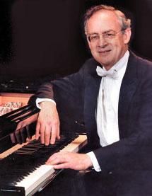 Roy Bogas