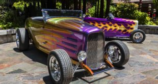 Andy & Roy Brizio's 1932 Ford Roadsters (photo by Ron Bolander)