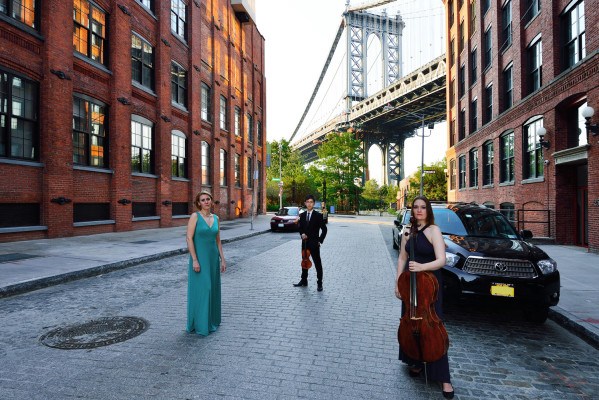 Manhattan Piano Trio by Raniero Tazzi